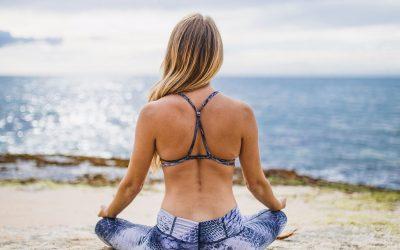 Prática de ioga melhora qualidade do sono
